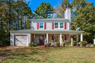 Berkeley Lake Single Family Home For Sale: 4091 E Meadow Drive