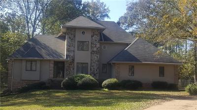 Lithonia Single Family Home For Sale: 3685 Crossvale Road