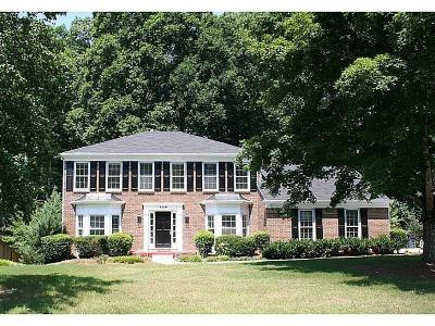 Peachtree Corners Single Family Home For Sale: 4258 Millhouse Lane