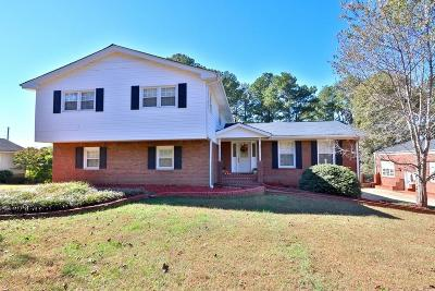 Lawrenceville Single Family Home For Sale: 2148 Walker Drive