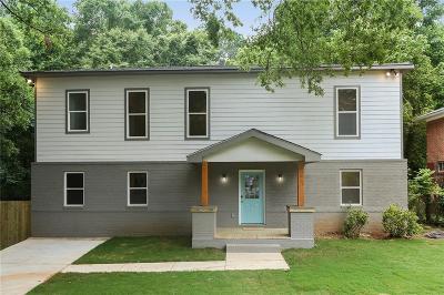 Dekalb County Single Family Home For Sale: 2130 Rockhaven Circle