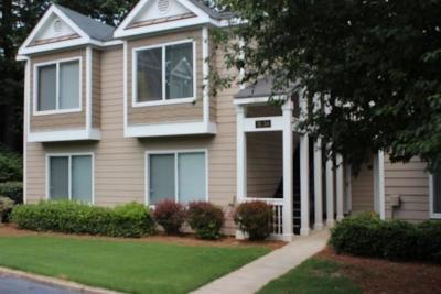 Smyrna Condo/Townhouse For Sale: 33 Arbor End SE