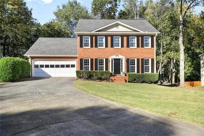 Alpharetta  Single Family Home For Sale: 545 Westminster Court