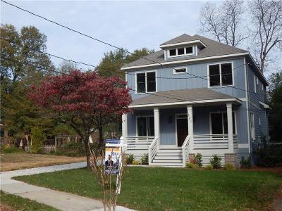 Atlanta Single Family Home For Sale: 584 Stokeswood Avenue SE