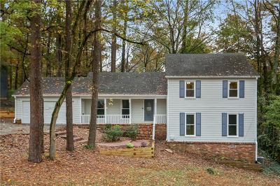 Marietta Single Family Home For Sale: 3390 Sewell Mill Road