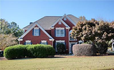 Alpharetta  Single Family Home For Sale: 2135 Brook Pond Court