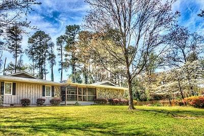 Snellville Single Family Home For Sale: 2572 S Lake Road