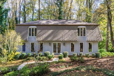 Cobb County Single Family Home For Sale: 744 Fairfield Drive