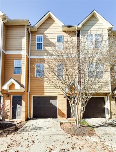 Condo/Townhouse For Sale: 1124 Dekalb Avenue NE #4