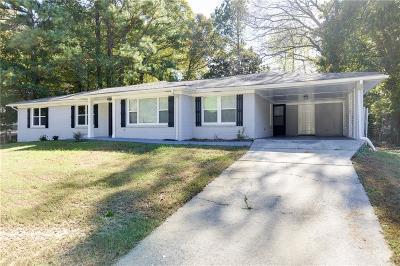 Atlanta GA Single Family Home For Sale: $219,900