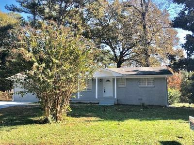 Decatur GA Single Family Home For Sale: $189,000