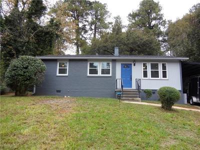 Fulton County Single Family Home For Sale: 348 Triumph Cir SE