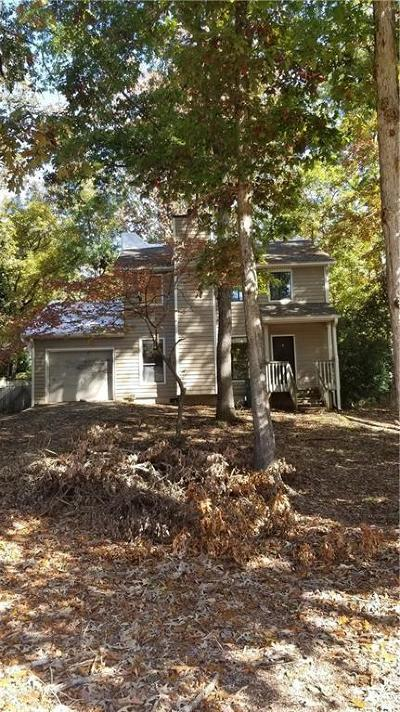 Sandy Springs Single Family Home For Sale: 1040 Pitts Road