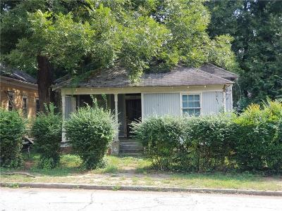 Atlanta Single Family Home For Sale: 988 Beckwith Street SW