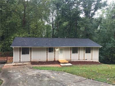 Lithonia Single Family Home For Sale: 3301 Goldenchain Drive