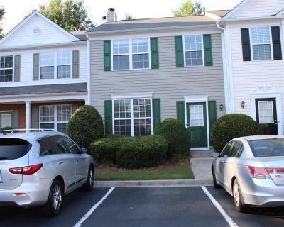 Alpharetta GA Condo/Townhouse For Sale: $205,500