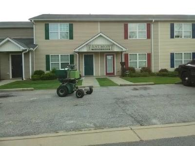 Conyers GA Condo/Townhouse For Sale: $95,000