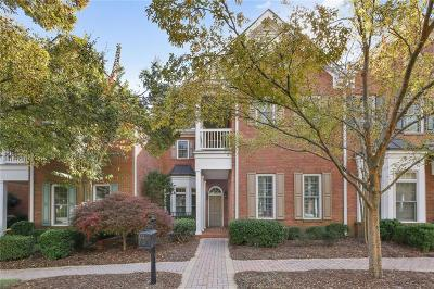 Roswell Condo/Townhouse For Sale: 8640 Parker Place