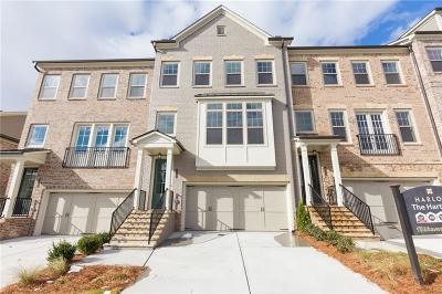 Roswell Condo/Townhouse For Sale: 10179 Windalier Way #200