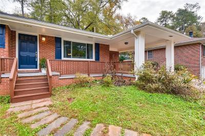 East Atlanta Single Family Home For Sale: 2172 Cloverdale Drive SE