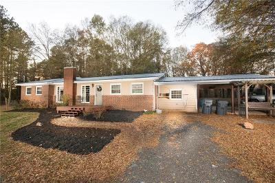 Forsyth County Single Family Home For Sale: 8110 Jot-Em-Down Road