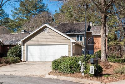 Roswell Single Family Home For Sale: 2690 Camden Glen Court