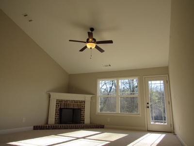 Habersham County Single Family Home For Sale: 207 Sugar Maple Drive