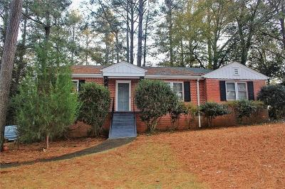 College Park Single Family Home For Sale: 2280 Rugby Lane