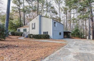 Single Family Home For Sale: 2700 Creekview Point NW