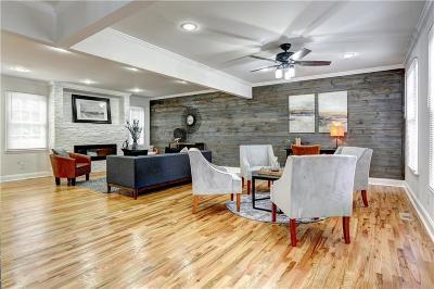 Lawrenceville Single Family Home For Sale: 641 Deer Oaks Drive