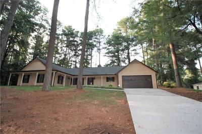 Lawrenceville Single Family Home For Sale: 522 Club View Drive