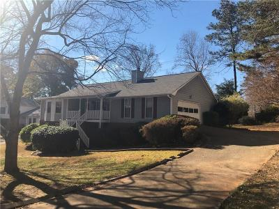Snellville Single Family Home For Sale: 2851 Shiloh Way