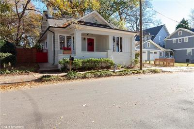 Single Family Home For Sale: 985 Barnett Street NE