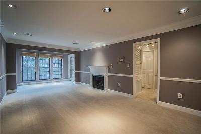 Atlanta Condo/Townhouse For Sale: 24313 Plantation Drive NE