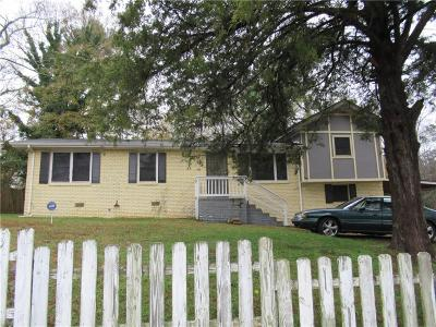 Clayton County Single Family Home For Sale: 4717 Clemmons Drive