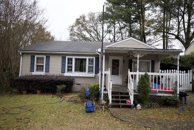 Marietta Single Family Home For Sale: 114 Otis Street NE