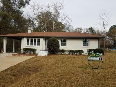 Conyers GA Single Family Home For Sale: $120,000