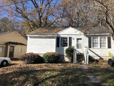 Single Family Home For Sale: 411 NE Allgood Road NE