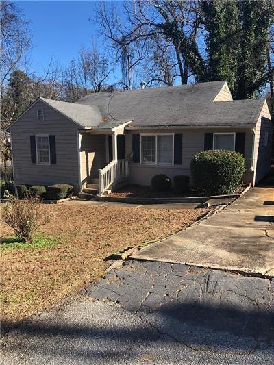 Atlanta Single Family Home For Sale: 914 Pinehurst Terrace SW