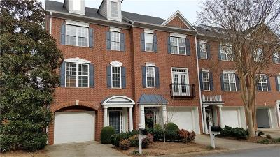 Roswell Condo/Townhouse For Sale: 2512 Waters Edge Trail #2512