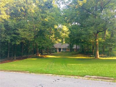 Atlanta Single Family Home For Sale: 3532 Paces Valley Road NW