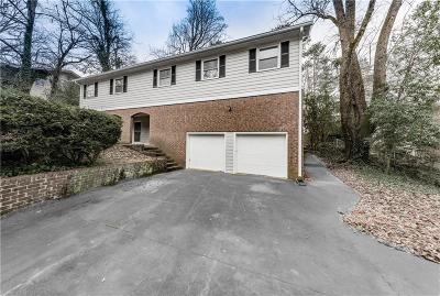 Sandy Springs Single Family Home For Sale: 505 Wyncourtney Drive