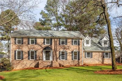 Sandy Springs Single Family Home For Sale: 6790 Lisa Lane