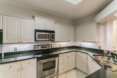 Atlanta Condo/Townhouse For Sale: 3334 Peachtree Road NE #1513