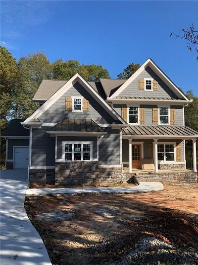 Loganville Single Family Home For Sale: 3322 Oak Grove Road