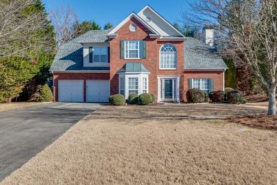 Alpharetta Single Family Home For Sale: 425 Sailmaker Circle