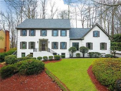 Sandy Springs Single Family Home For Sale: 6560 Old Cabin Road