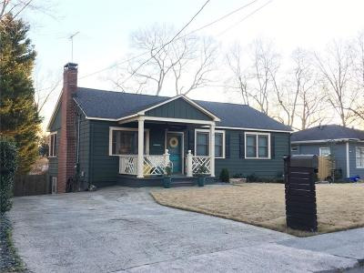 Marietta Single Family Home For Sale: 117 Moon Street NW
