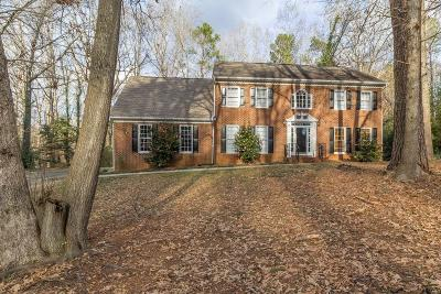 Lilburn Single Family Home Contingent-Due Diligence: 3781 Windhurst Drive SW