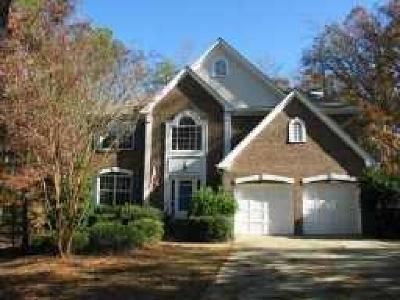 Alpharetta Single Family Home For Sale: 805 Sable Pointe Road